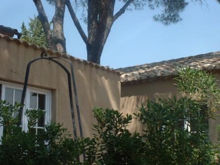 Location gites saint remy de provence votre location de - Difference entre gite et chambre d hote ...